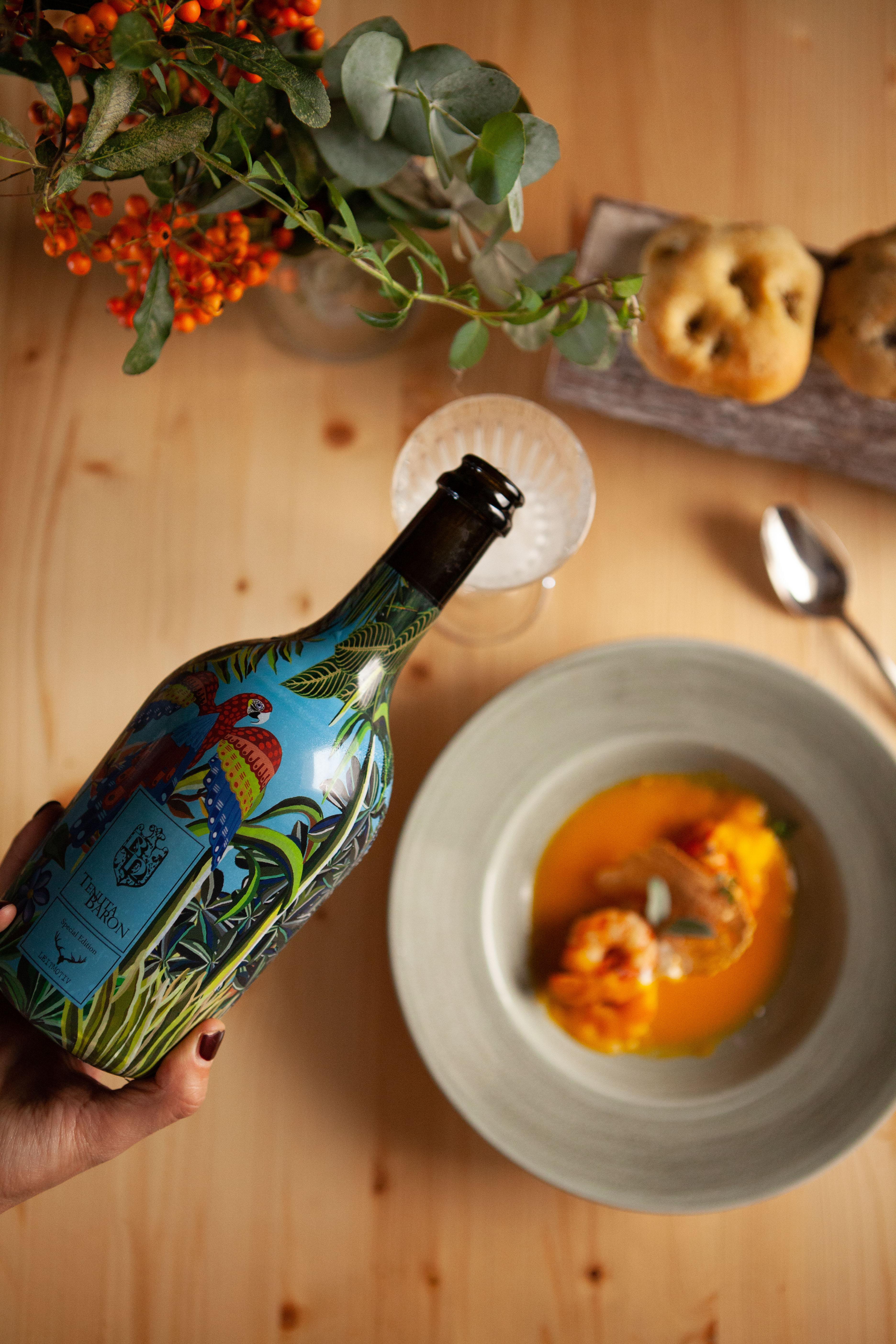 Bottiglia cantina Tenuta Baron etichetta vino bianco